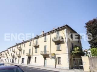 Foto - Trilocale viale Padre Gian Battista Aguggiari, Montello, Varese