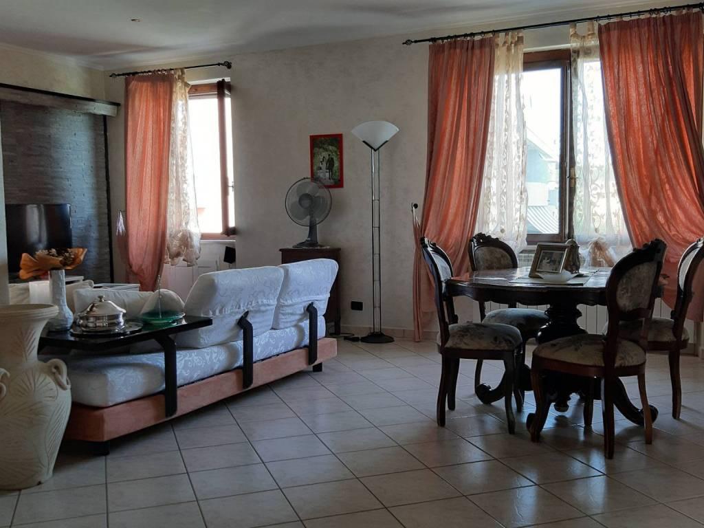 foto  Villa unifamiliare, ottimo stato, 500 mq, Bruino