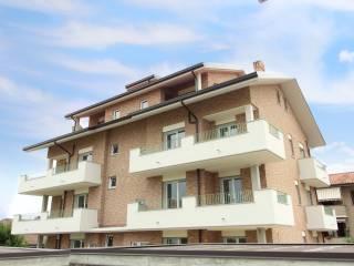 Foto - Trilocale via Giuseppe Garibaldi 148, Cesano Maderno