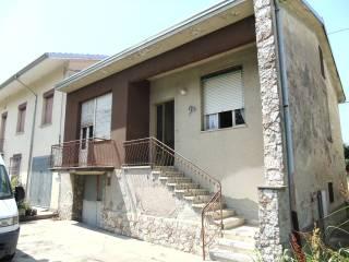 Photo - Detached house via Lino Bigliardi 29, Boretto