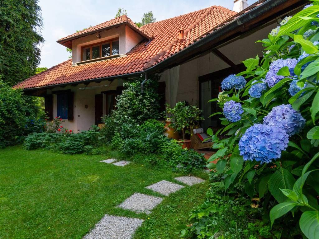 foto  Two-family villa via Valceronda 8, Fiano