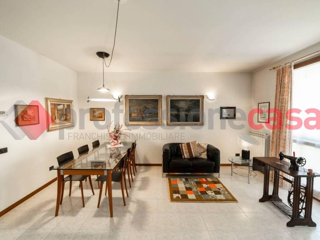 foto  Single family villa via Diaz, 7-2, Locate di Triulzi