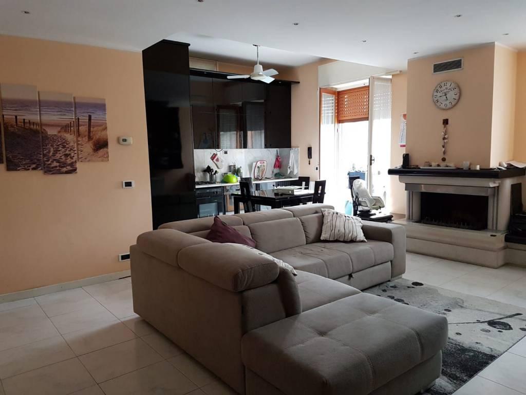 foto Appartamento-Cisliano 3-room flat excellent condition, mezzanine, Cisliano