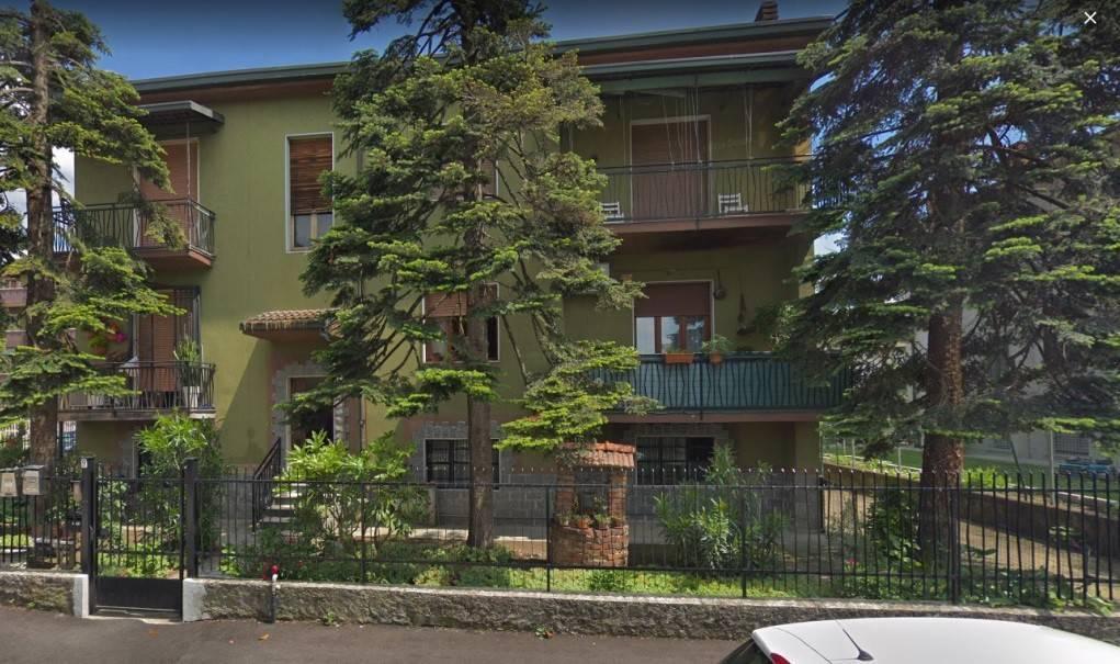 foto  2-room flat via Dante Alighieri 9, Rodano