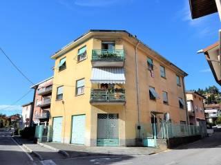 Photo - Building via Porteino, Cisano Bergamasco