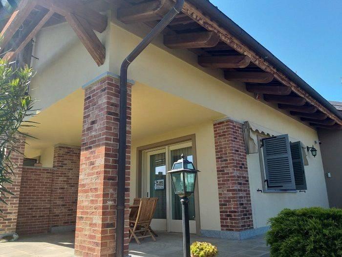 foto  Villa unifamiliare Strada Chieri, 48-4, Pecetto Torinese