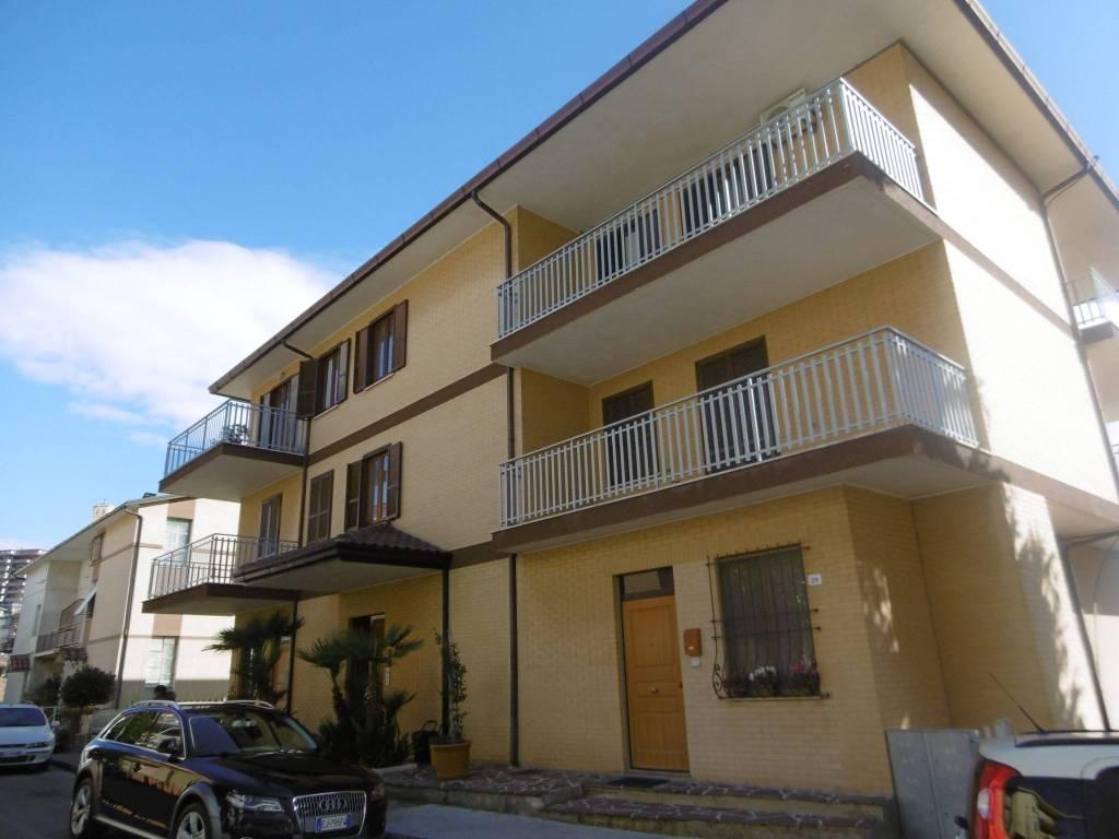 foto Prospetto Appartamento via Santa Maria, Montegranaro