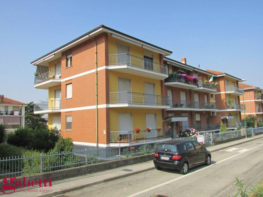 foto ESTERNI 4-room flat via O  Badellino 3, Santa Vittoria d'Alba