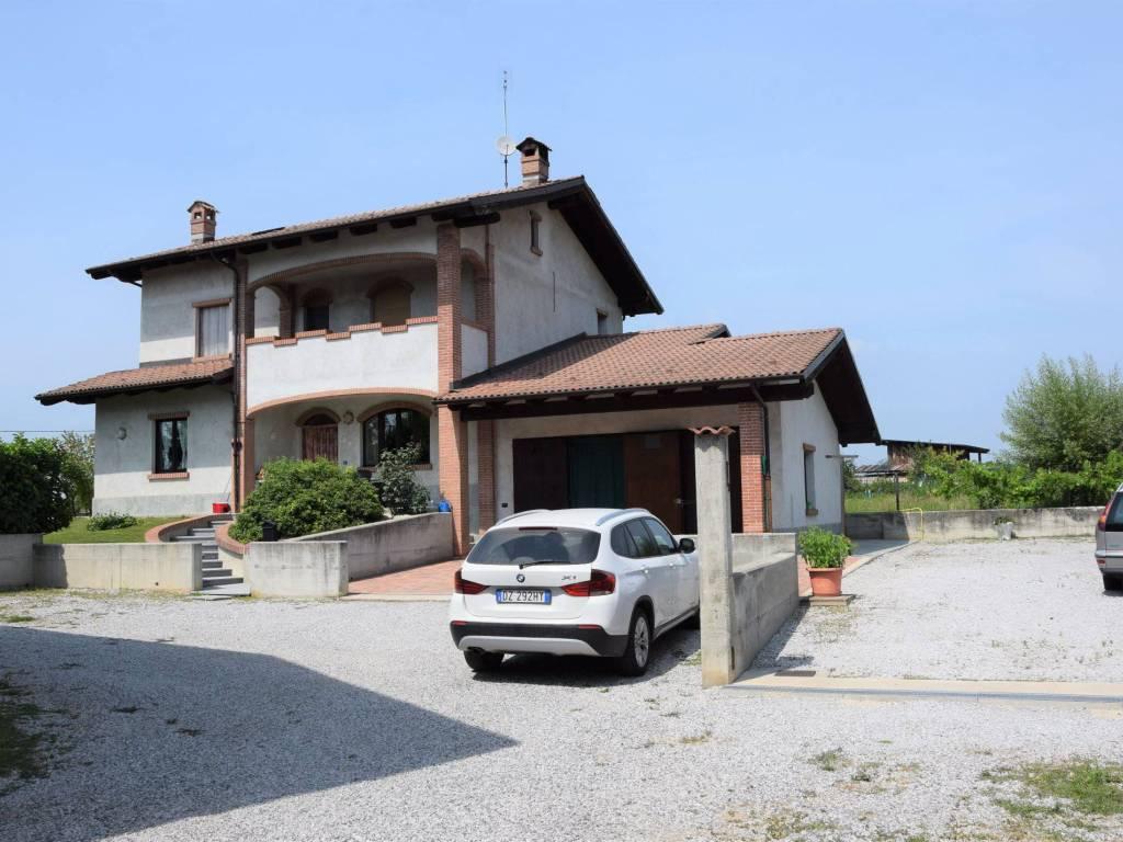 foto  Villa unifamiliare via Mondovì 41, Pianfei