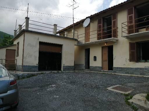 foto  Country house via Piambernardo 34, Garessio