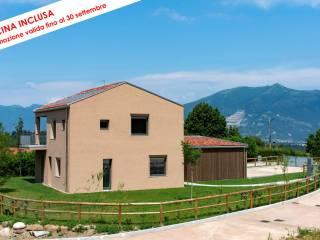 Foto - Villa unifamiliare via Belvedere, Castello di Brianza