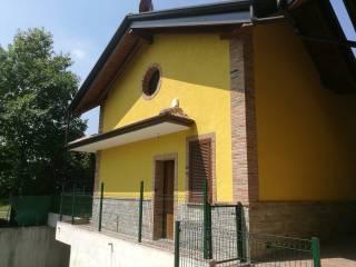 Photo - Terraced house via Cavalieri di Vittorio..., Bregnano