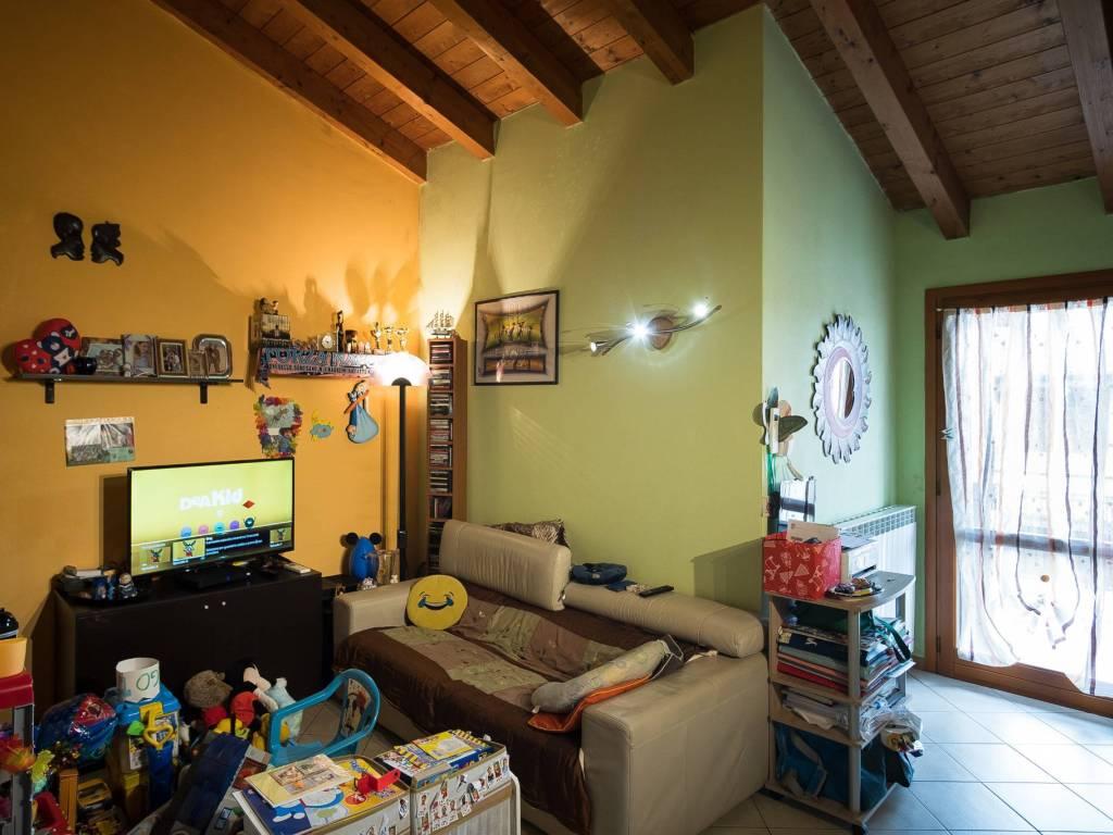 foto  2-room flat via Roma, Mozzanica