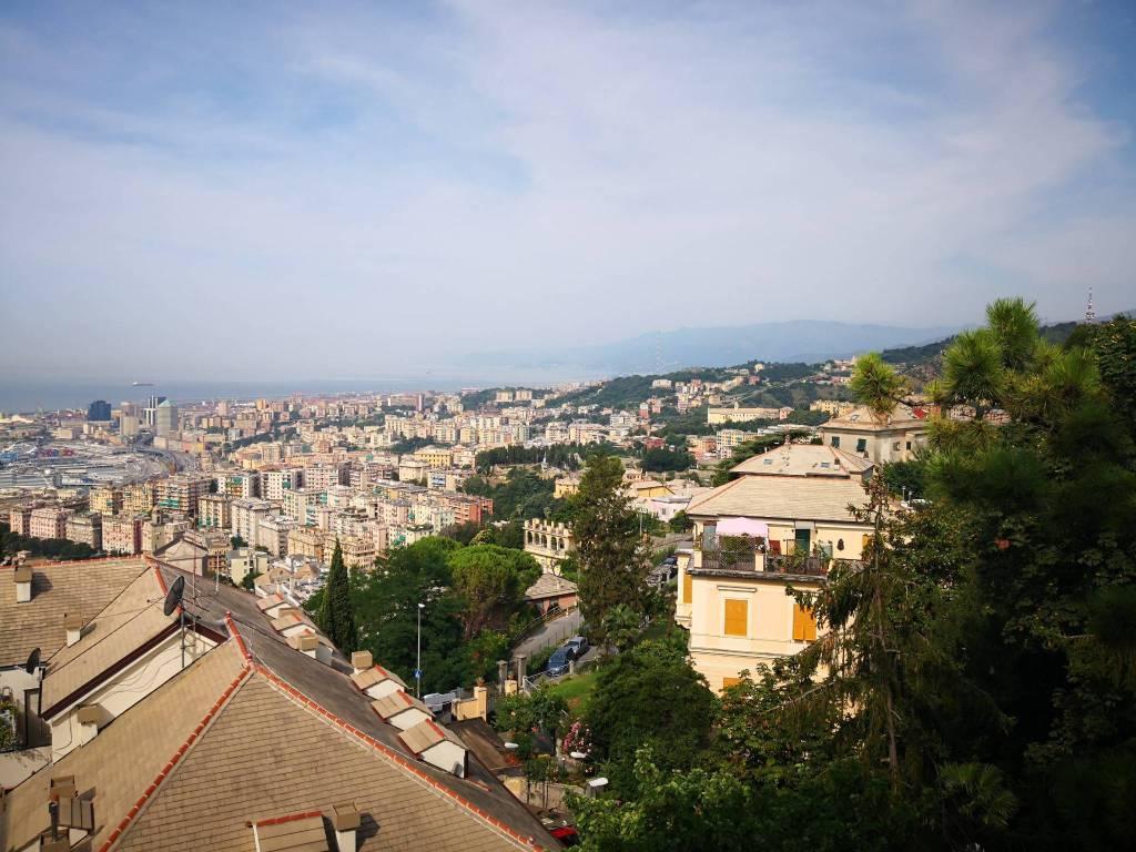 foto  Apartamento T4 via Domenico Chiodo 25B, Genova