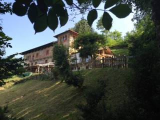 Foto - Einfamilienvilla, guter Zustand, 450 m², Ameno