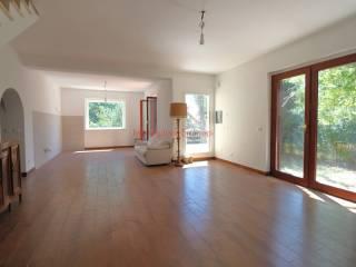 Foto - Villa bifamiliare via dei Castagni 14, Tolfa