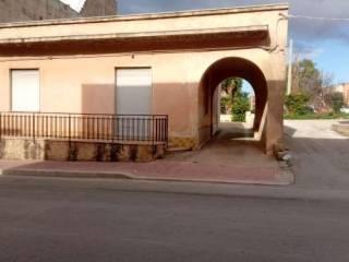 Photo - Single-family townhouse 177 sq.m., good condition, Petrosino