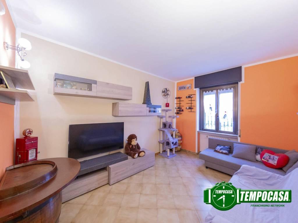 foto Soggiorno 2-room flat via Filippo Turati, Corsico