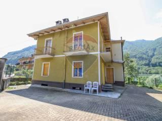 Foto - Villa plurifamiliare via Roggie, 11, Pont-Canavese