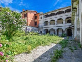 Photo - Historic residence via Vittorio Emanuele, Caprino Bergamasco