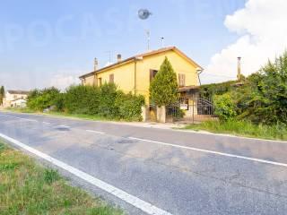 Photo - Multi-family villa via Cristoforo Colombo 88, Novellara