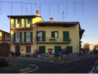 Foto - Appartamento all'asta piazza Caduti 4, Lurano