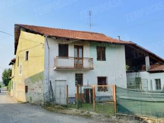Photo - Detached house Borgo San Francesco Benne, Oglianico