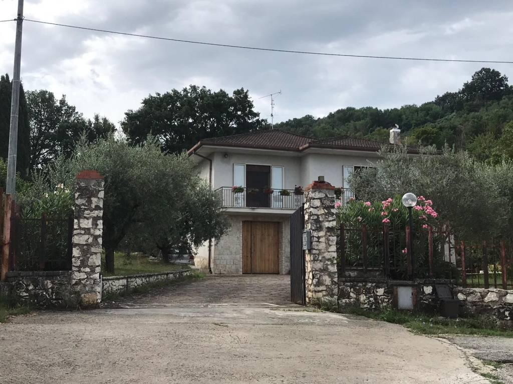 foto  Villa unifamiliare, buono stato, 302 mq, Gavignano