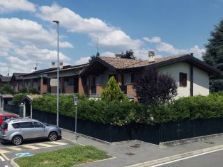 Foto - Trilocale via Bernardino Luini, Lomazzo