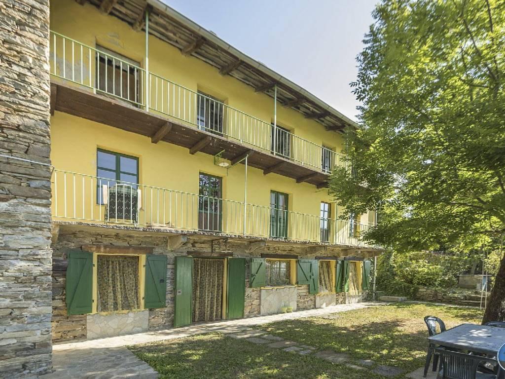 foto facciata Farmhouse frazione Pian Prà 28, Rorà