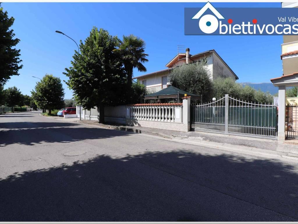 foto facciata Villa bifamiliare via Indipendenza 56, Sant'Egidio alla Vibrata