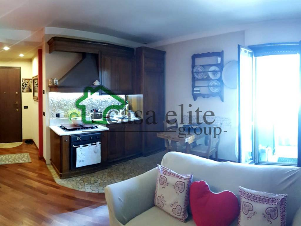 foto Cucina 2-room flat via Vincenzo Monti, Cerro al Lambro