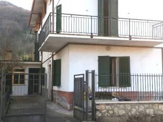 Photo - Terraced house, good condition, Isola del Gran Sasso d'Italia