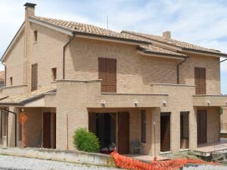Foto - Villa plurifamiliare Strada Provinciale Veregrense, Montegranaro