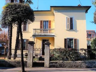 Photo - Building due piani, excellent condition, Ponte San Pietro