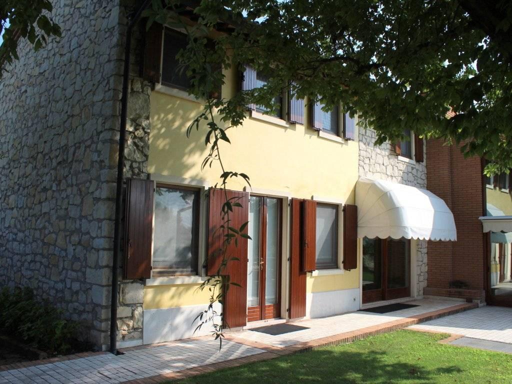 foto  Single family villa, good condition, 300 sq.m., Monteforte d'Alpone