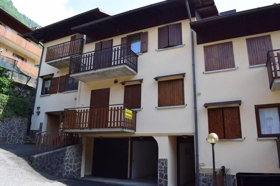 foto esterno Piso de tres habitaciones via P  Bonaldi, Serina