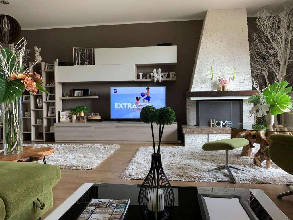foto  Villa a schiera via Fratelli De Micheli, 38, Gabbioneta-Binanuova