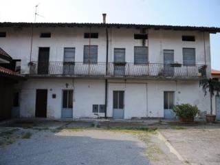 Photo - Building piazza Giuseppe Garibaldi, Ghisalba