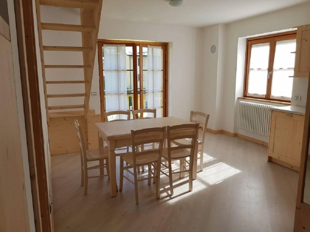 foto Zona giorno 3-room flat via Don Giovanni Gatti 100, Caspoggio