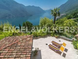 Photo - Building quattro piani, excellent condition, Castello, Valsolda