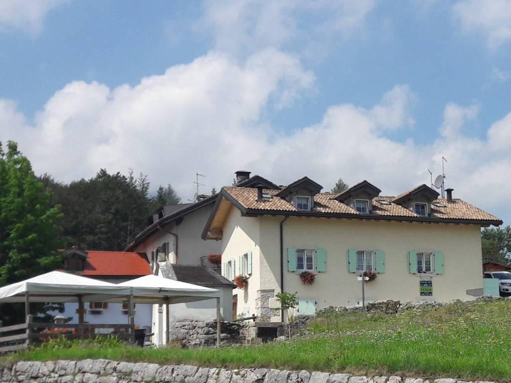 foto Edificio Trilocale frazione Lanzino, Lavarone