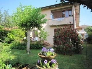 Foto - Villa unifamiliare via Alessandro Manzoni 60, Marina Di Pietrasanta, Pietrasanta