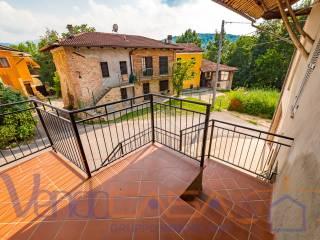 Photo - Terraced house via Comini di Vasco, Monastero di Vasco