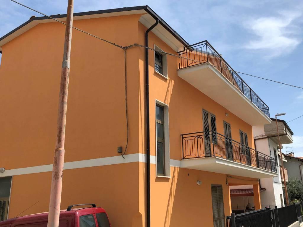 Vendita Casa Indipendente In Via Della Repubblica Tortoreto