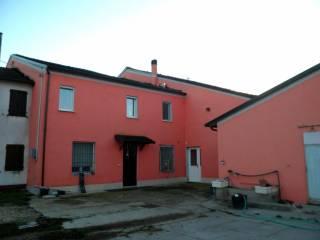 Photo - Dairy farm via Stregge 9, Borgo Mantovano