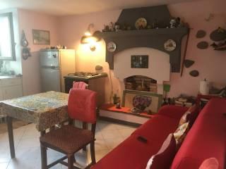 Photo - 2-room flat via Sarzelli, Mantello