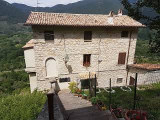 Foto - Bilocale via La Costa, Carpineto Romano
