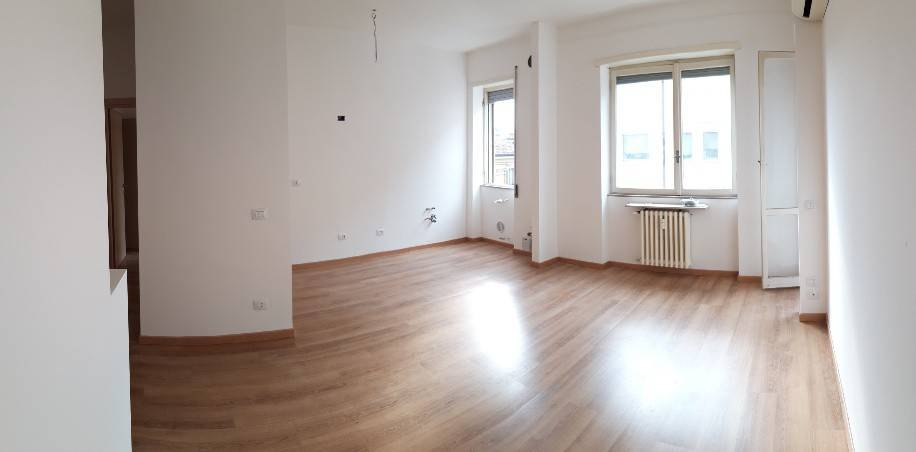 foto  2-room flat excellent condition, third floor, Crema