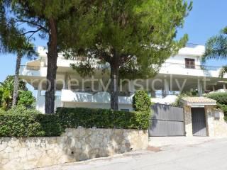 Foto - Villa unifamiliare via Cibele 5, Fontane Bianche, Siracusa